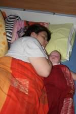1.Monat/22836/schlafen-mit-mama Schlafen mit Mama